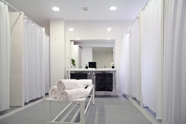Bikram Yoga Spain, wardrobe of men, booths and bench