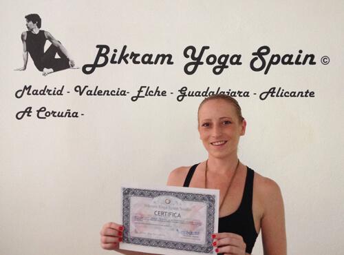 Profesor Bikram Yoga, Clara Mínguez