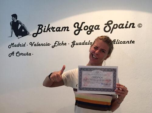 Profesor Bikram Yoga, María