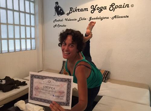 Profesor Bikram Yoga, Yaiza