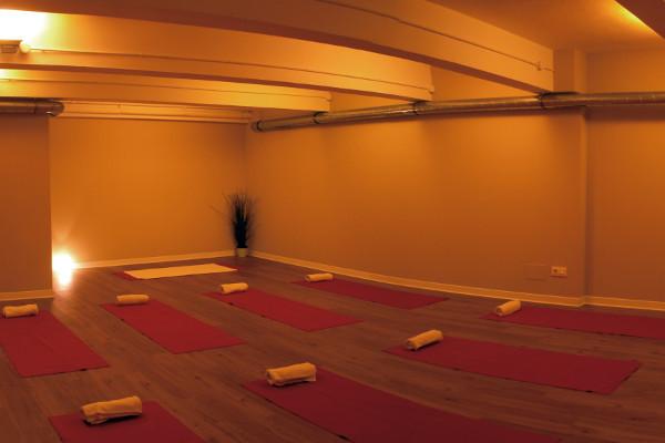 Room Bikram Yoga Spain Coruña,