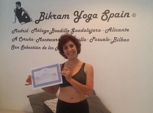 Profesor Bikram Yoga, Tere