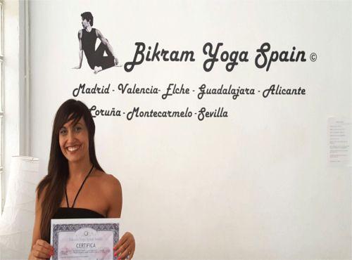 Profesor Bikram Yoga, Tamara González