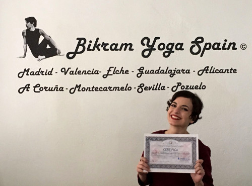 Profesor Bikram Yoga, Ana Souto