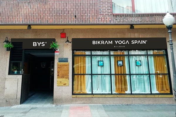 Entrance Bikram Yoga Spain Bilbao