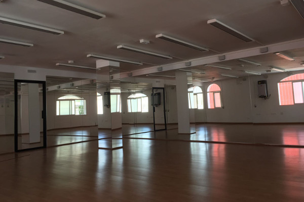 Room bikram yoga