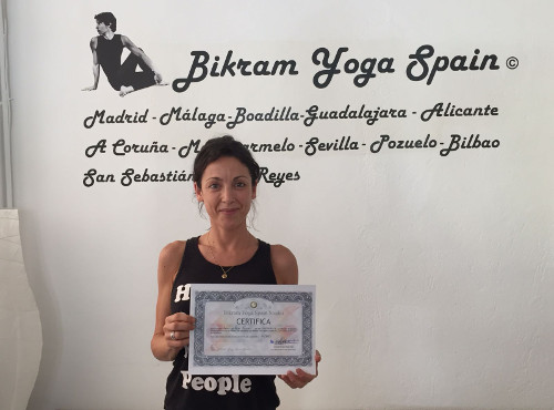 arantxa-profesora-bikram-yoga