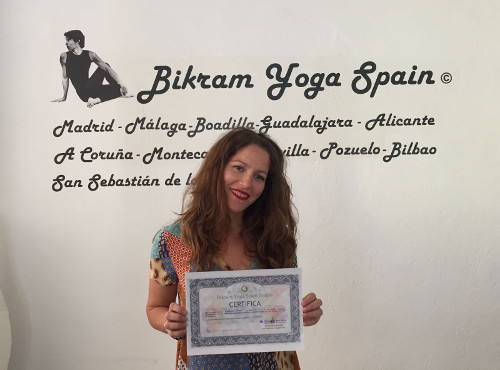 lorena-profesora-bikram-yoga