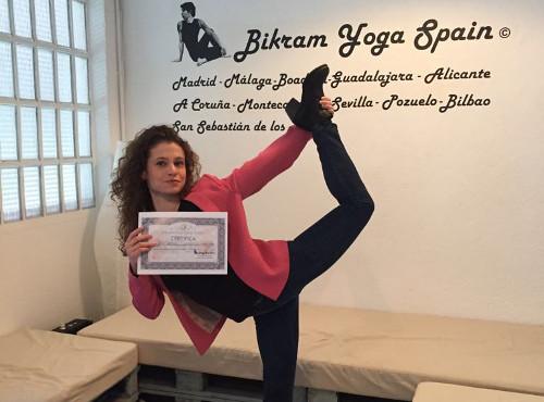 anna profesora bikram yoga spain