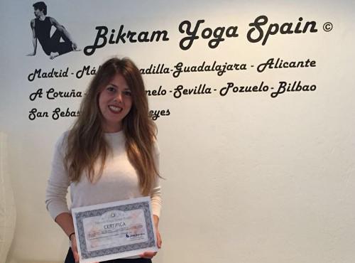Profesor Bikram Yoga, María Canal