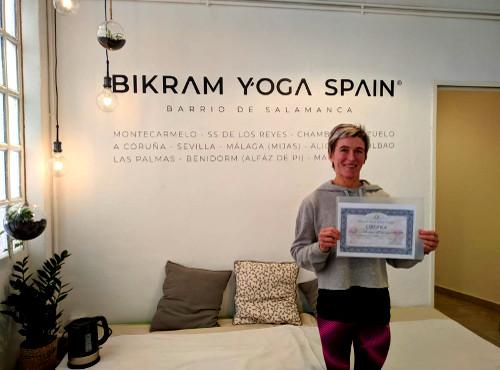 sharon-profesora-bikram-yoga