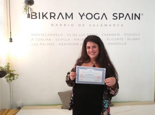 Profesor Bikram Yoga, Dámaris García