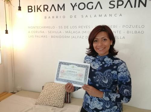 jessenia-yadira-profesora-bikram-yoga
