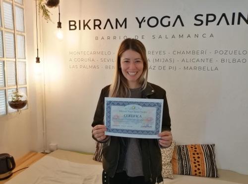 Profesor Bikram Yoga, Rocio Villena