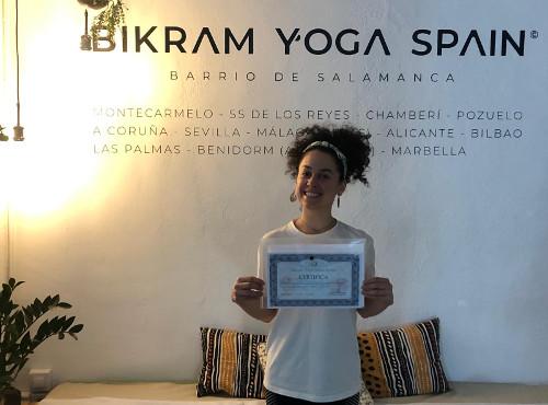 keishla-profesora-bikram-yoga